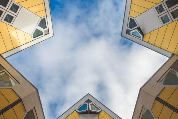 De Kubuswoningen in Rotterdamse Architectuur